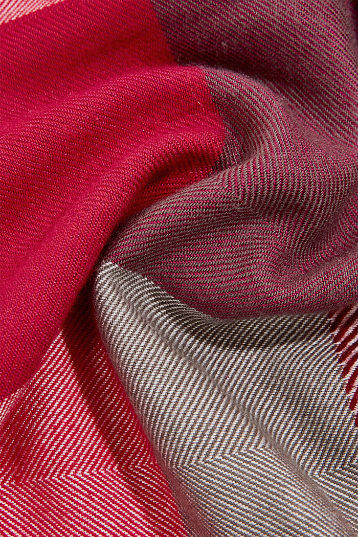 Striped scarf featuring LENZING™ ECOVERO™, DARK PINK, detail image number 2