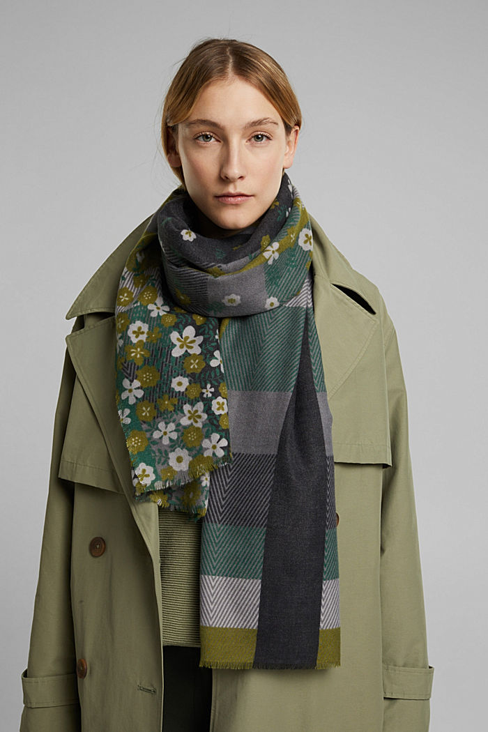 Recycled: woven scarf with a mix of patterns, DARK GREEN, detail image number 1