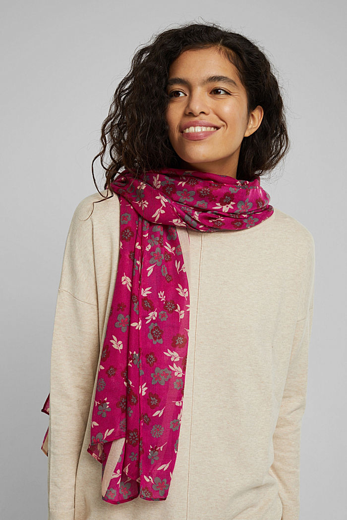 Recycled: Woven scarf with flora print