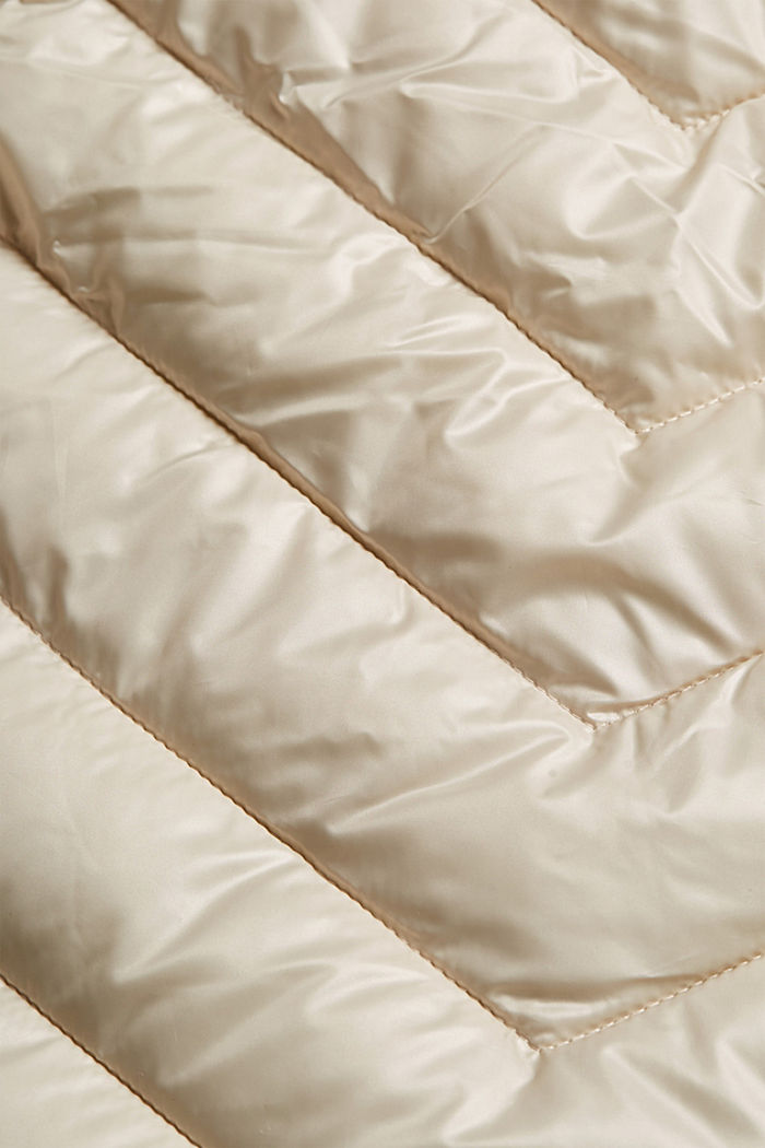 Quilted body warmer with 3M™ Thinsulate™, CREAM BEIGE, detail image number 4