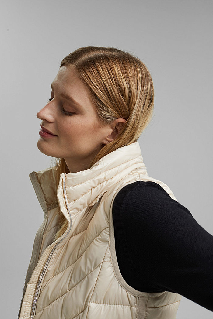 Quilted body warmer with 3M™ Thinsulate™, CREAM BEIGE, detail image number 5