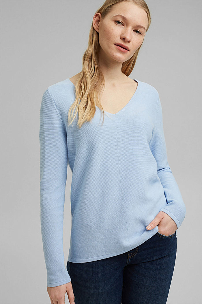 V-neck jumper made of organic cotton