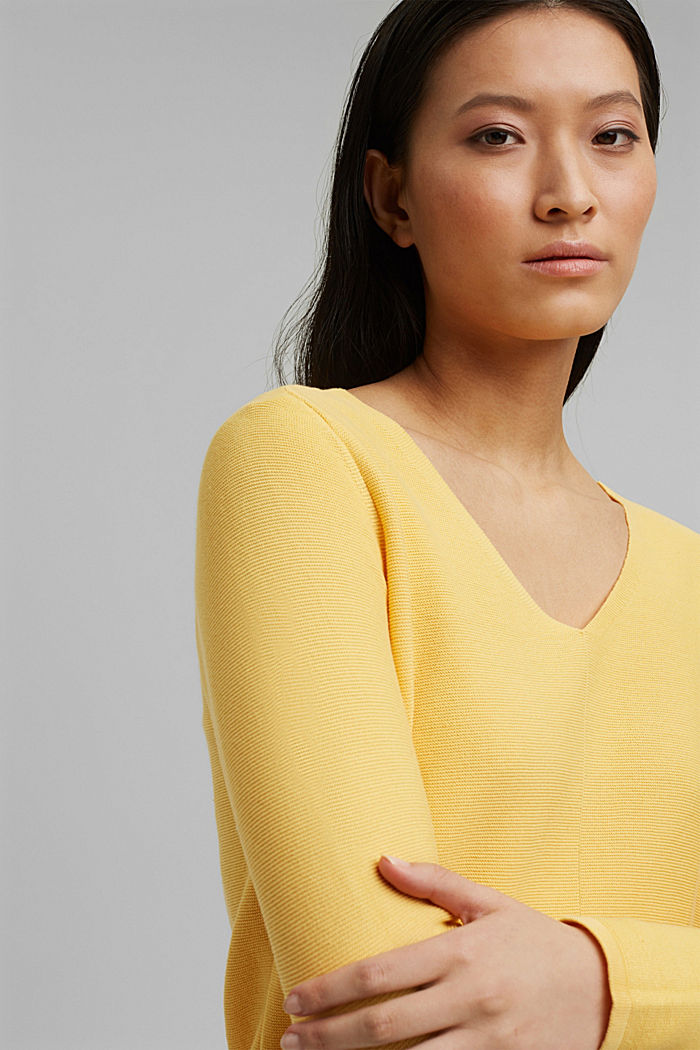 V-neck jumper made of organic cotton, SUNFLOWER YELLOW, detail image number 6