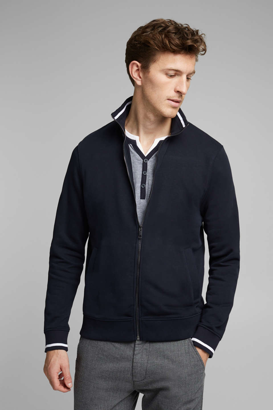 Esprit - Recycled: sweatshirt cardigan containing organic cotton