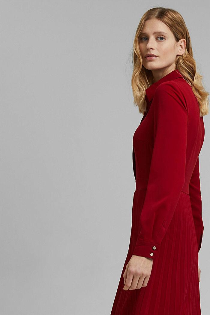 Recycelt: Midi-Hemdblusenkleid mit Plissee, DARK RED, detail image number 4