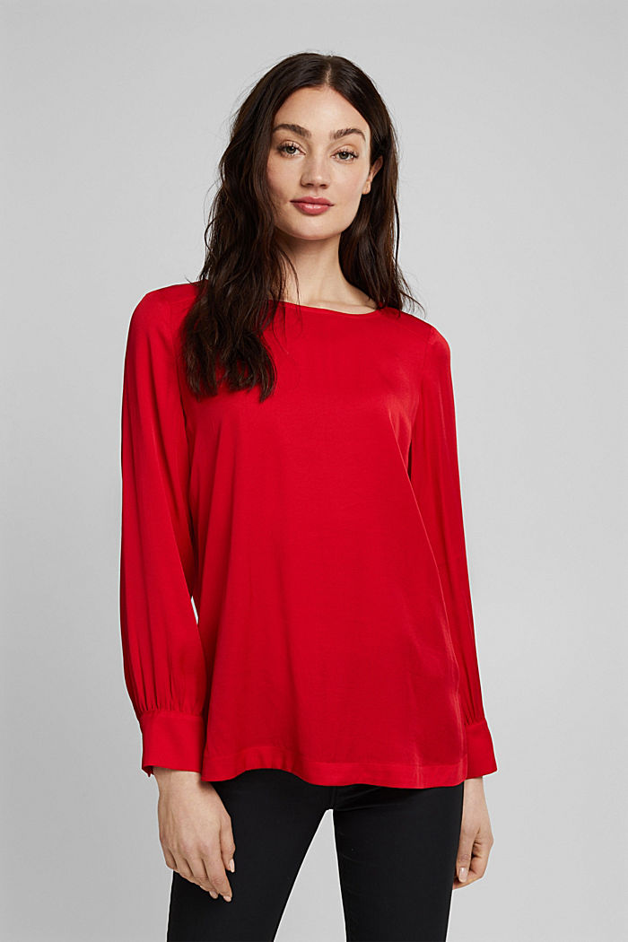 Blouse with a box pleat, RED, overview