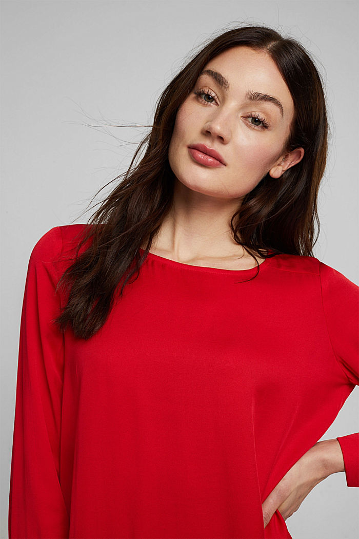Blouse with a box pleat, RED, detail image number 5