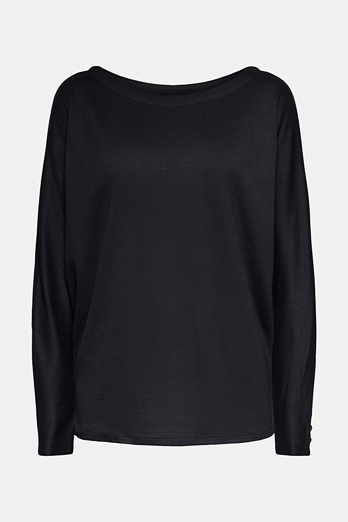 Long sleeve top with batwing sleeves