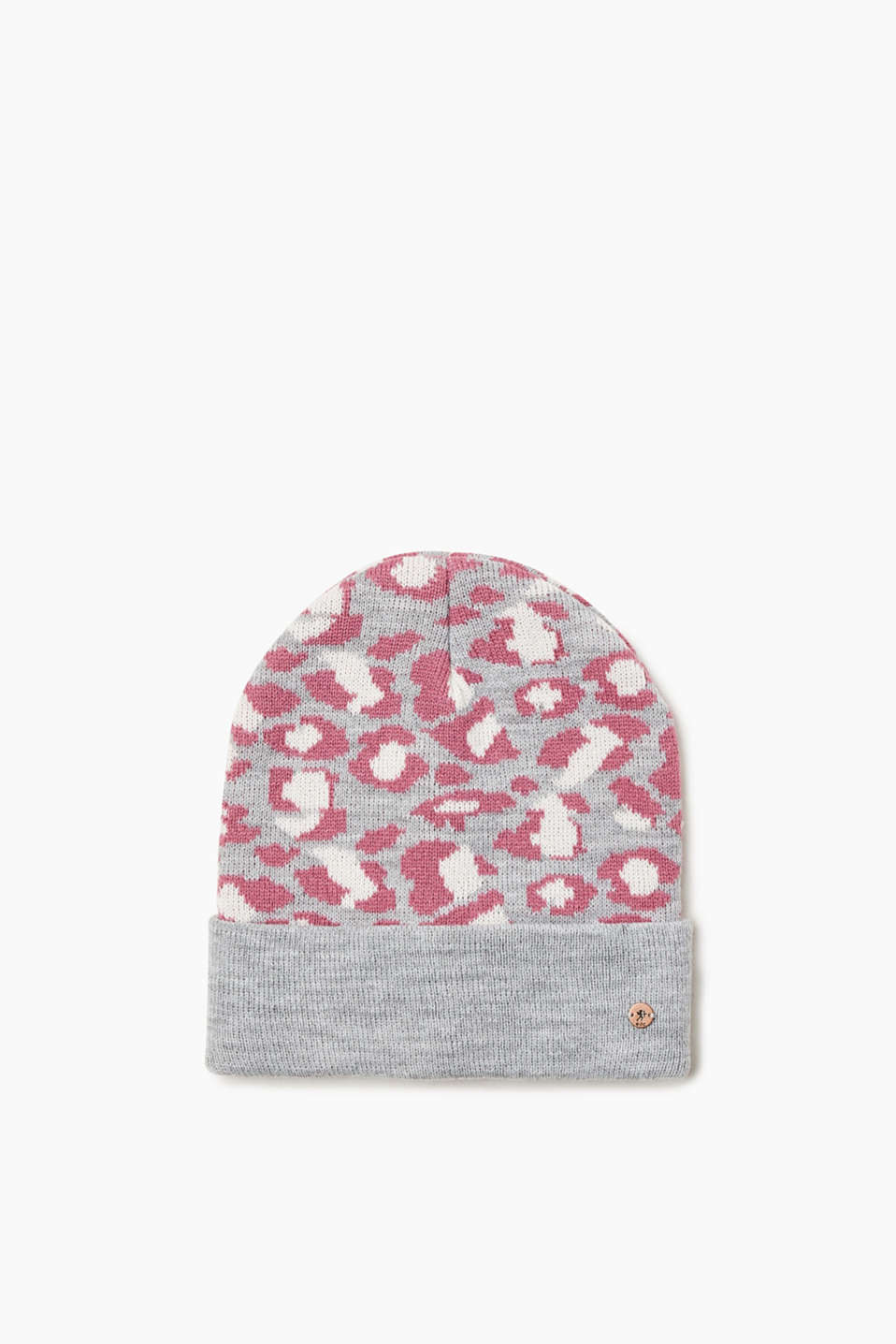 This beanie makes a statement! The leopard pattern is bold and eye-catching.