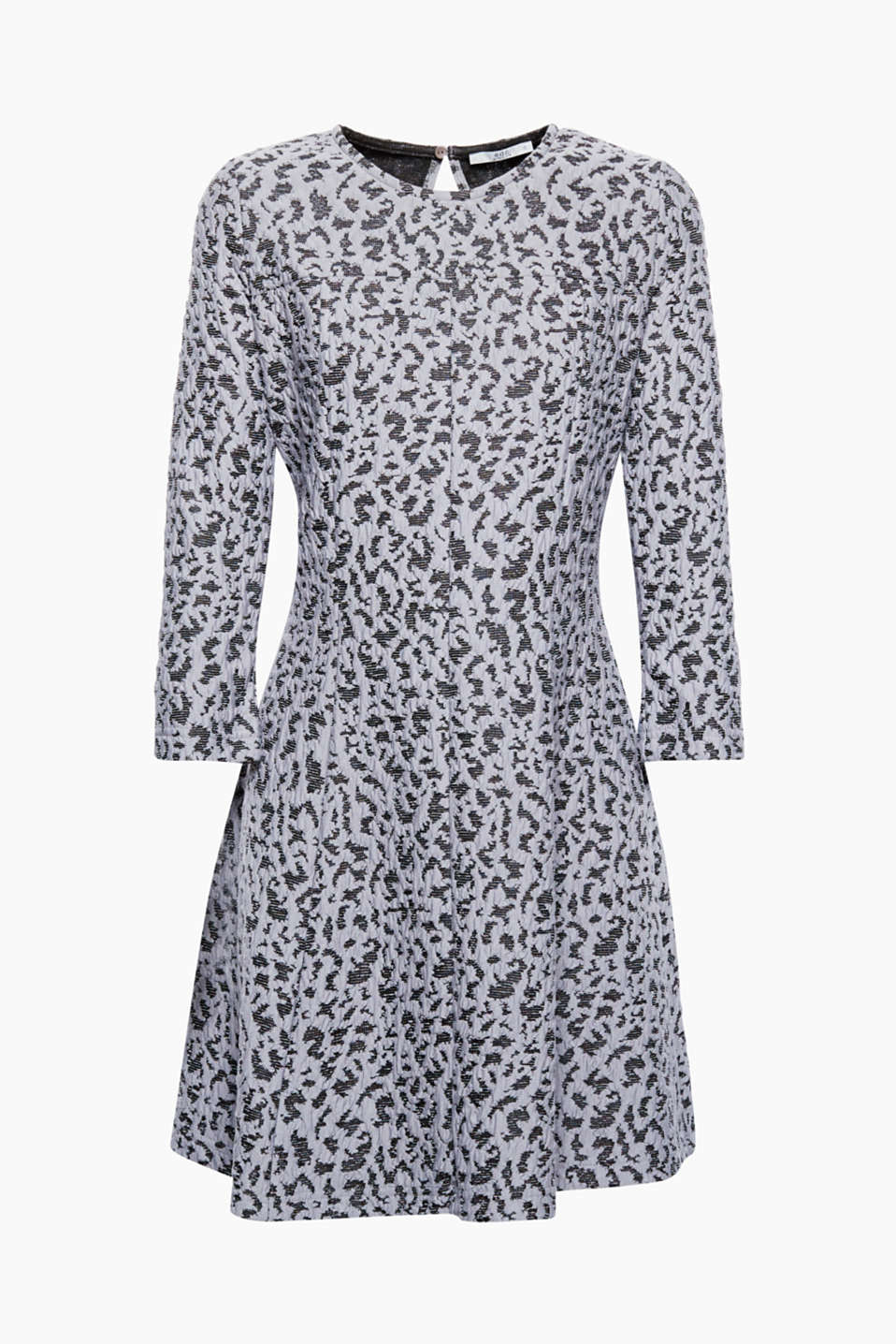 Combines winter comfort with feminine style: Dress made from dense jersey with a jacquard pattern!