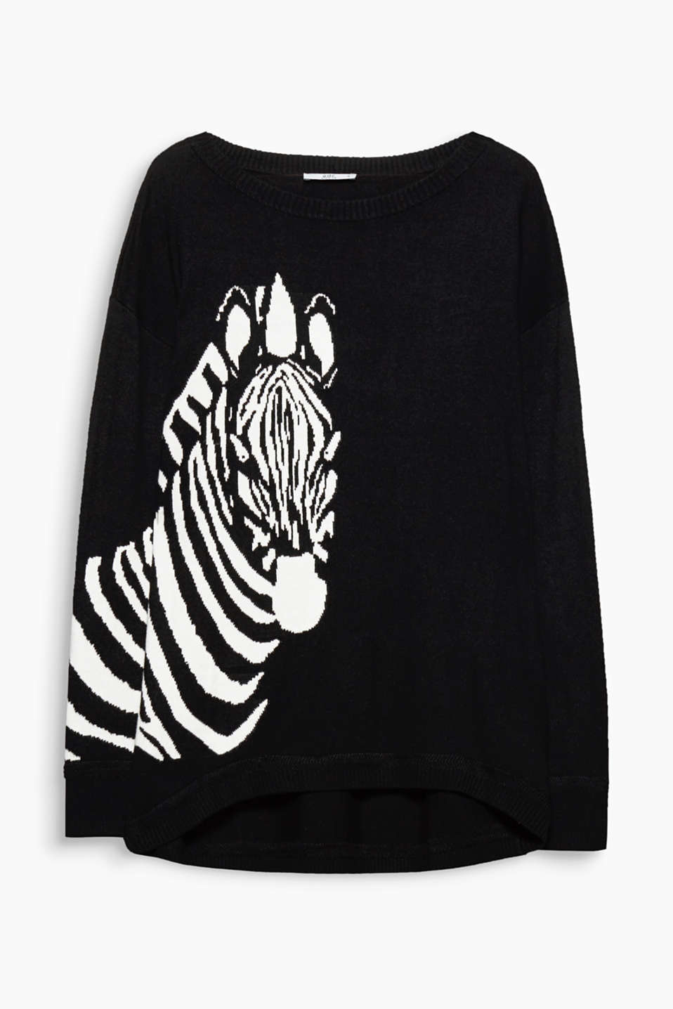 The large tiger head intarsia gives this blended cotton jumper a wild vibe.