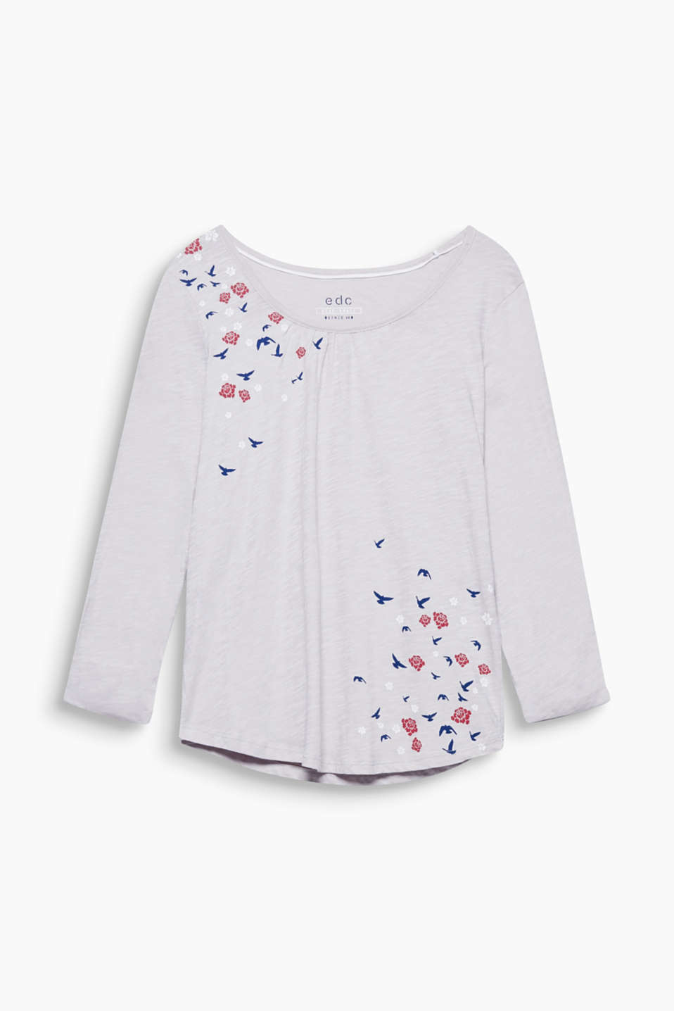 An airy look: the fine slub texture and delicate, positioned prints give this top its ultra-lightweight look!