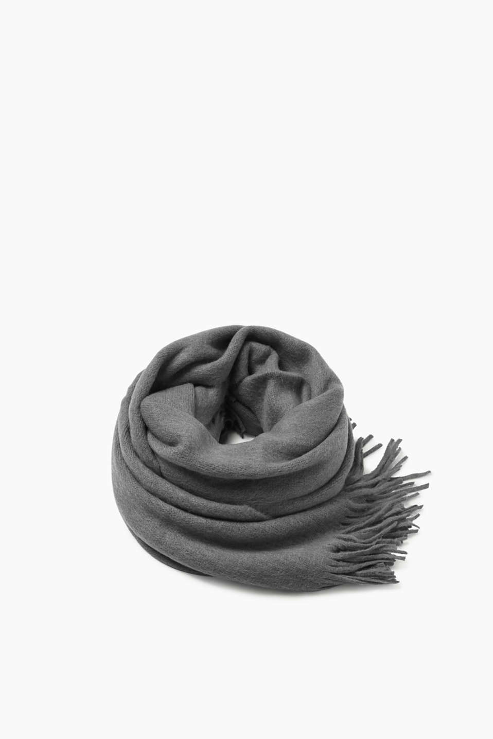 Esprit - XL scarf with an ultra soft outer surface