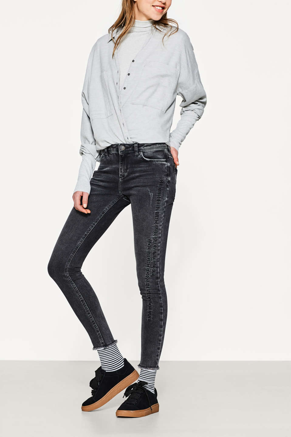 Esprit - Stretch jeans with a textured statement
