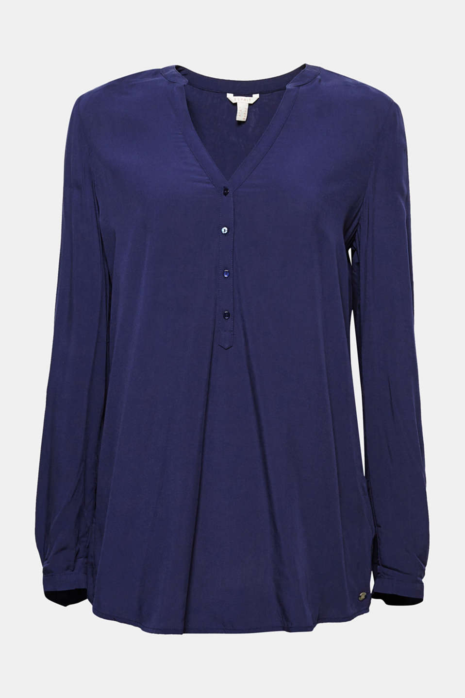 You can never get enough shirt blouses like this one: flowing, casual, versatile and with adjustable sleeve lengths!