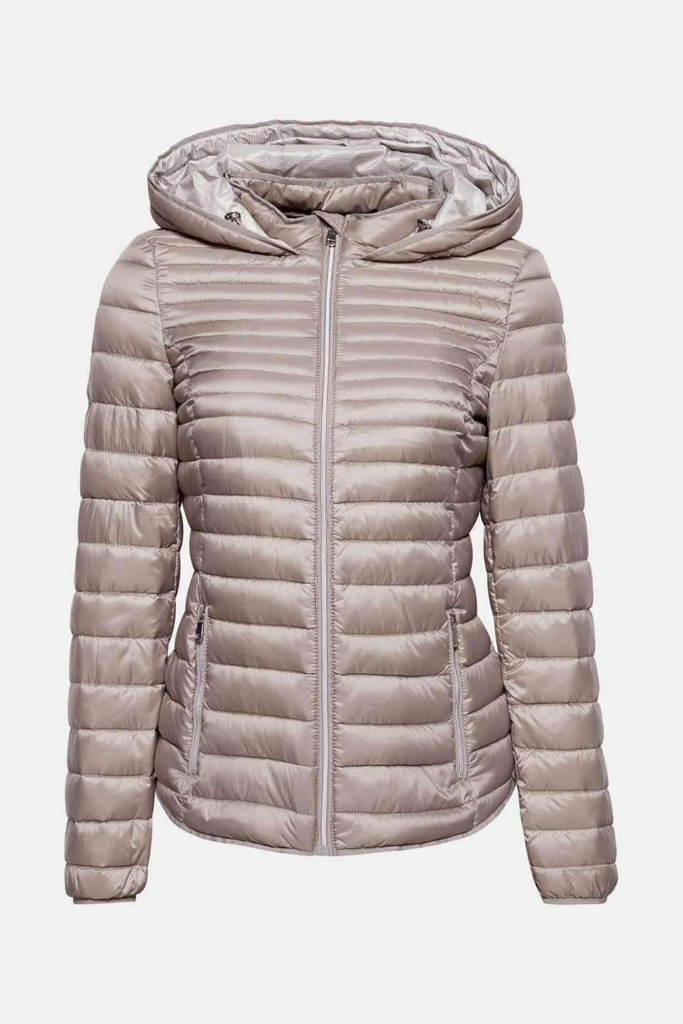 Your essential companion for between the seasons: this light hooded down jacket with RDS-certified down + feather filling!