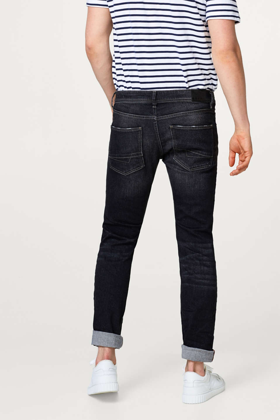 Stretch-Denim mit Used-Waschung