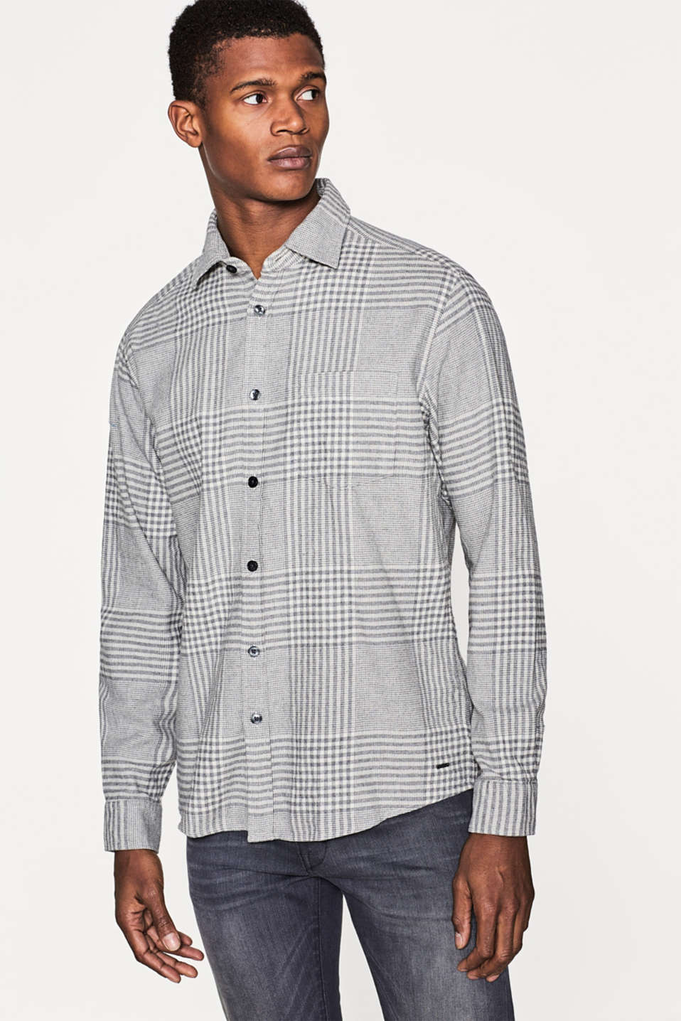 Esprit - Flannel shirt with a large check pattern