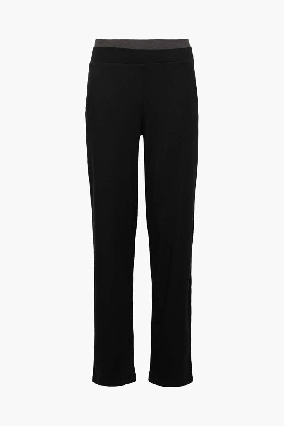 For the gym or relaxing on the sofa: These casual jersey trousers are the perfect piece for many locations!