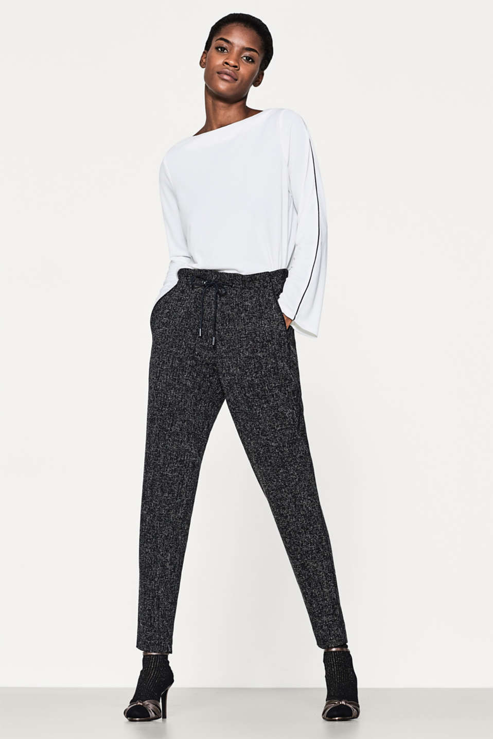 Esprit - Textured tracksuit bottoms, deco stitching