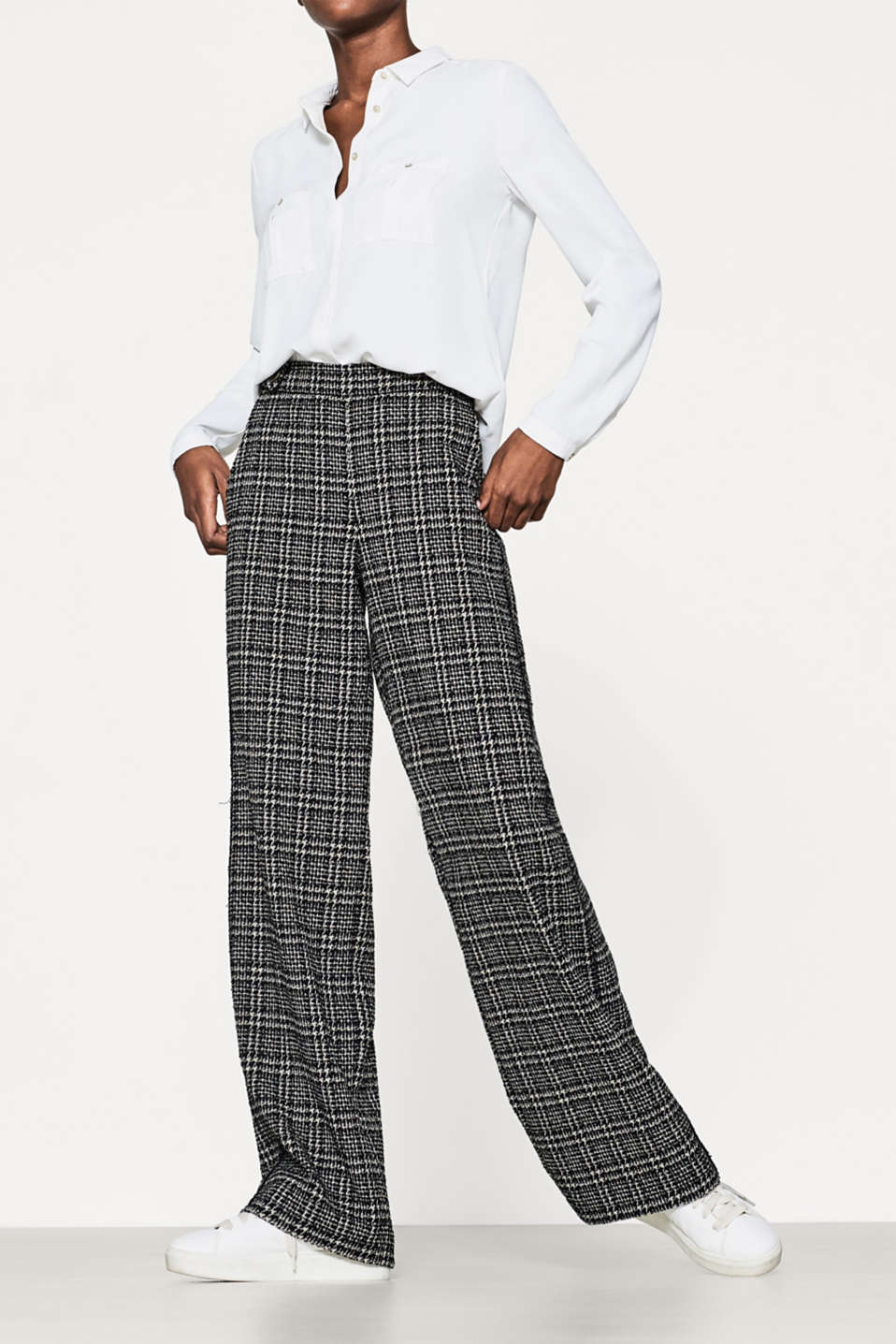 Esprit - Bouclé trousers in an extra-wide cut