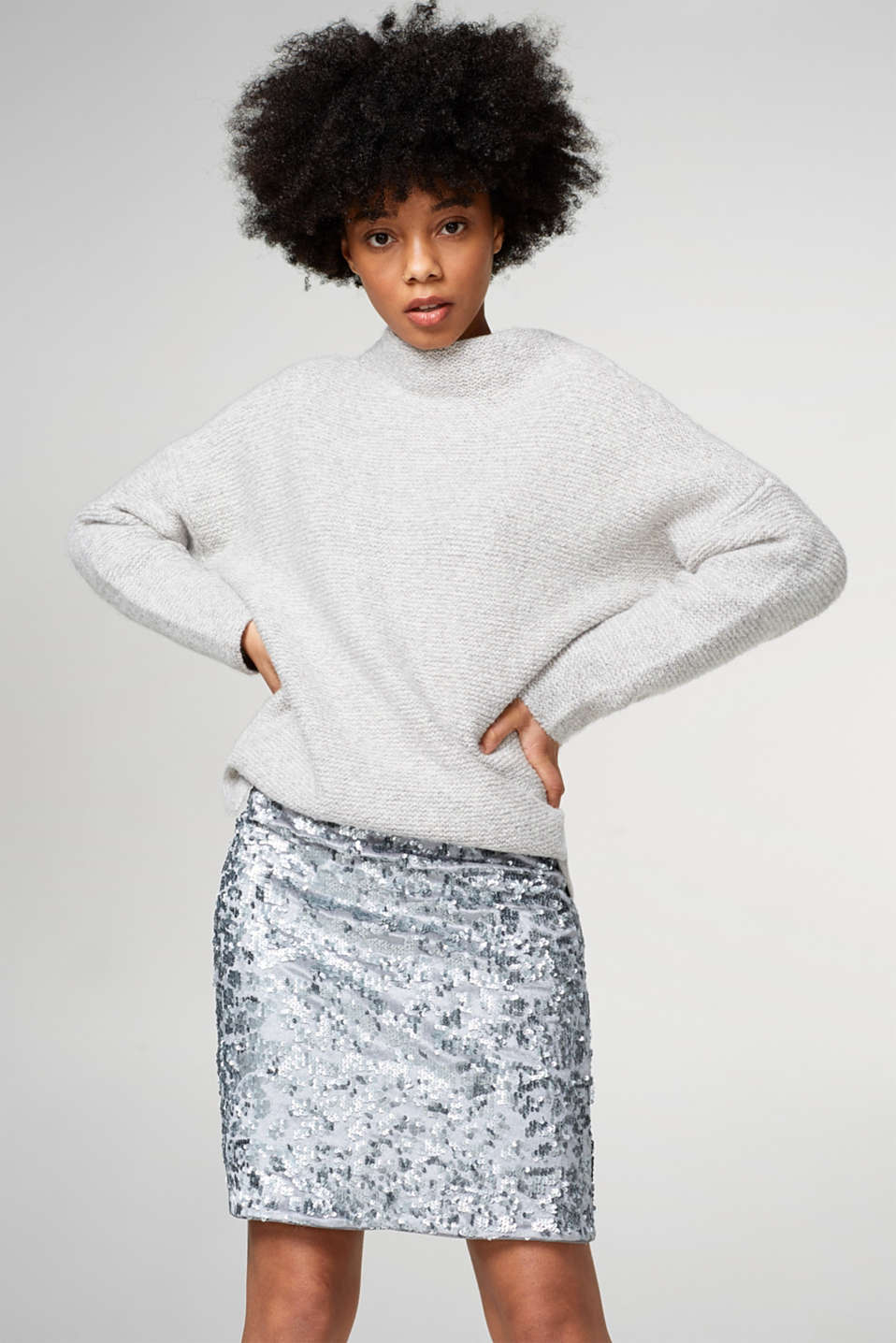 Esprit - Velvet skirt with an elegant sequin trim