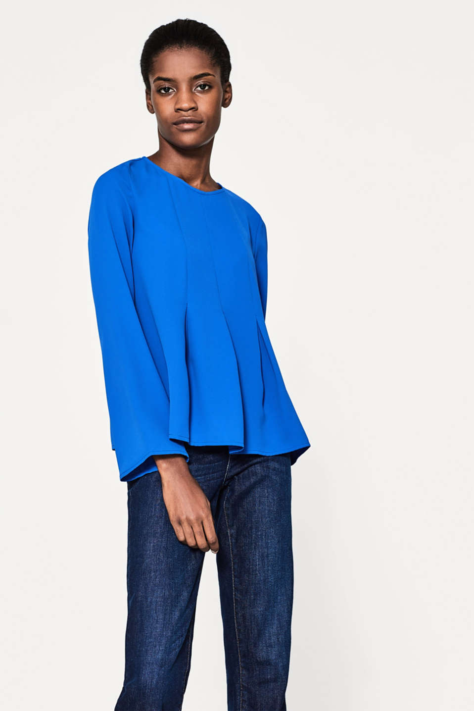 Esprit - Flowing crêpe blouse with a pleated front