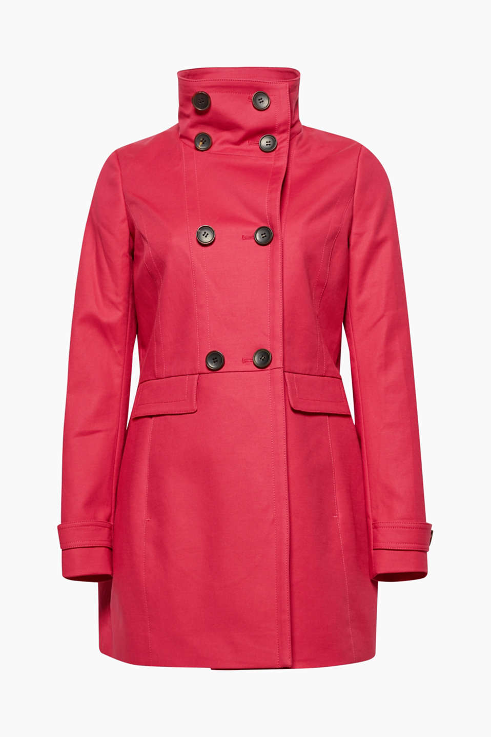 A high collar and the double-breasted button placket give this fitted stretch coat a new chic!