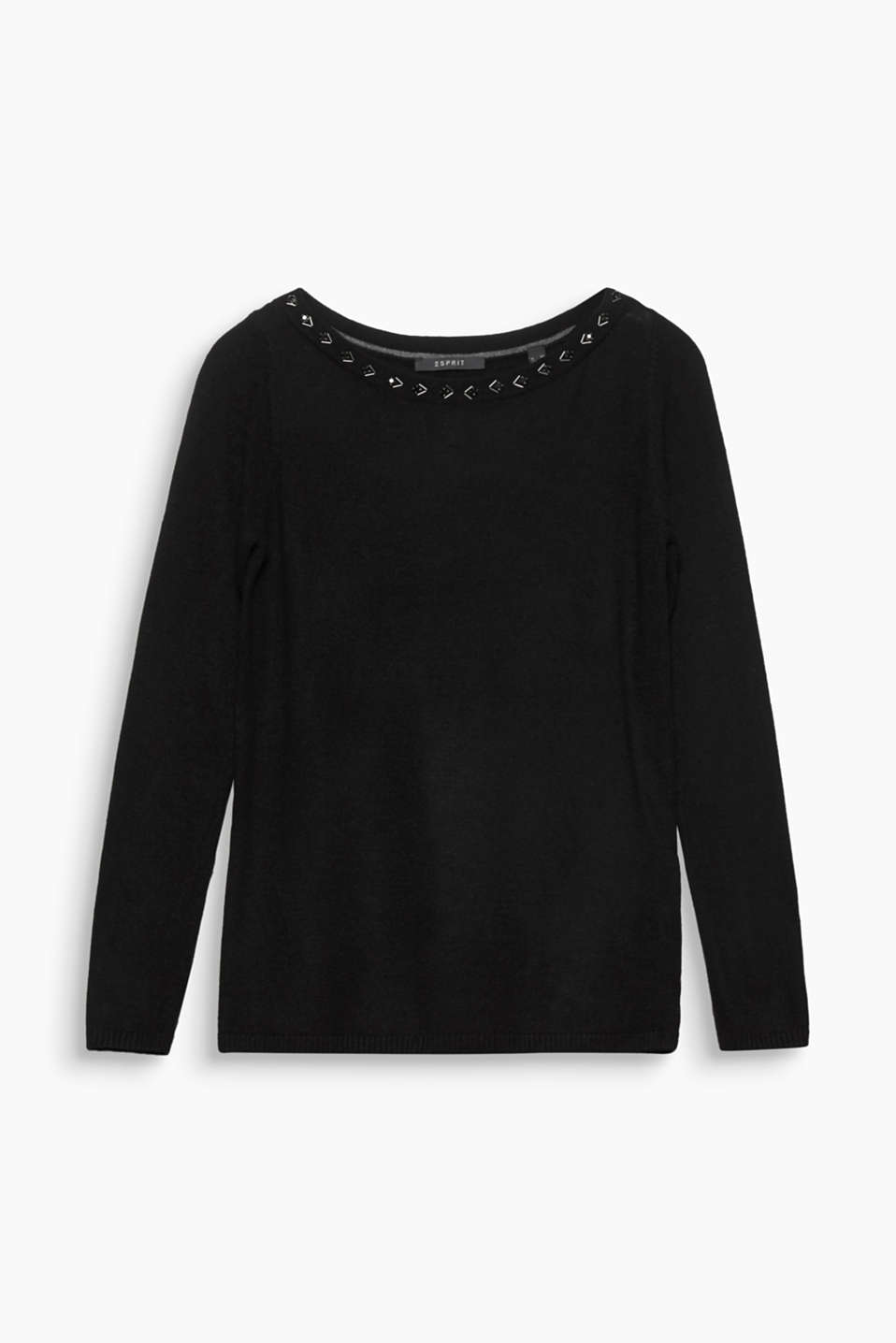 This jumper provides a luxurious touch with its soft cashmere blend and elegant rhinestones and sequins!
