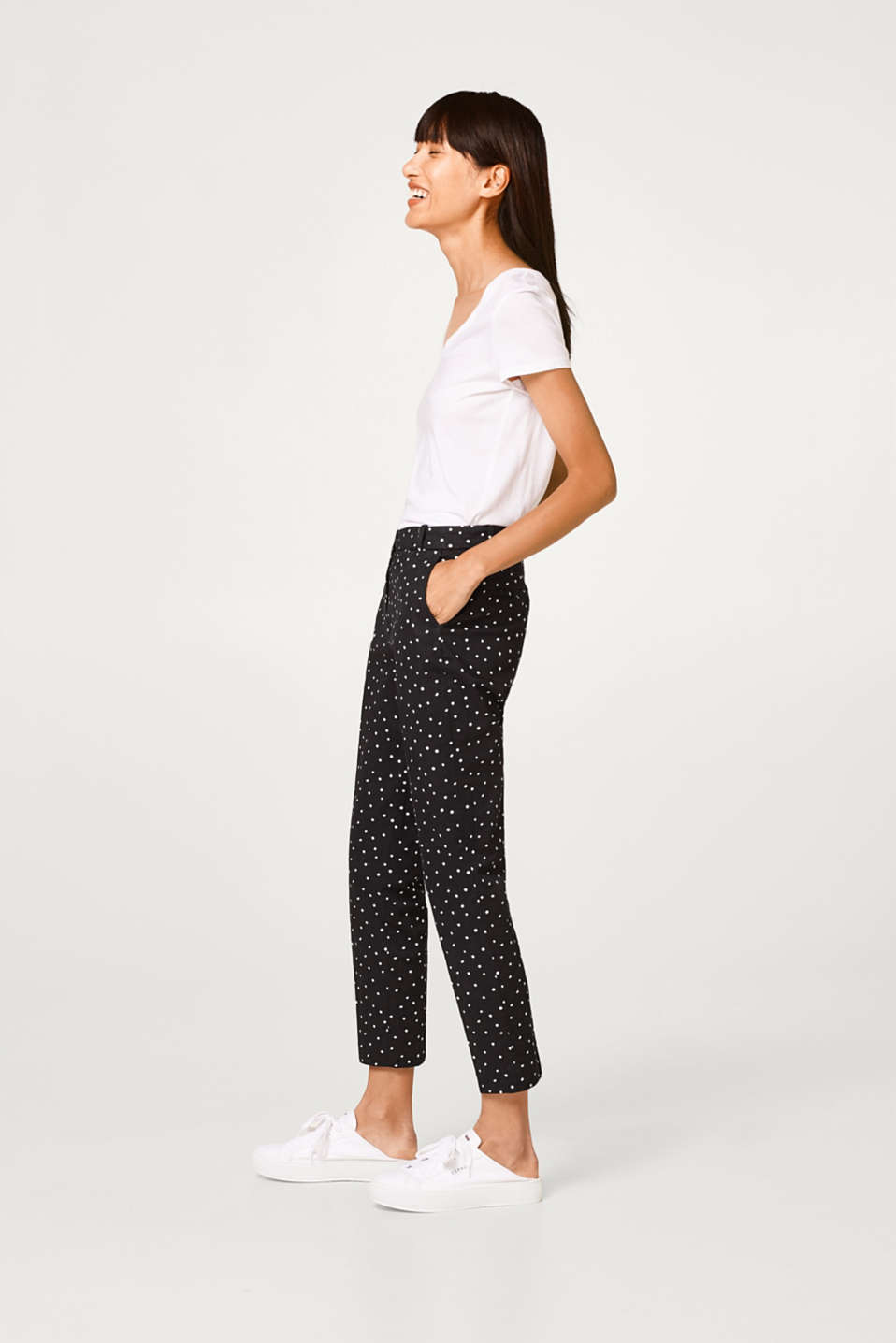 Cropped chinos with polka dots