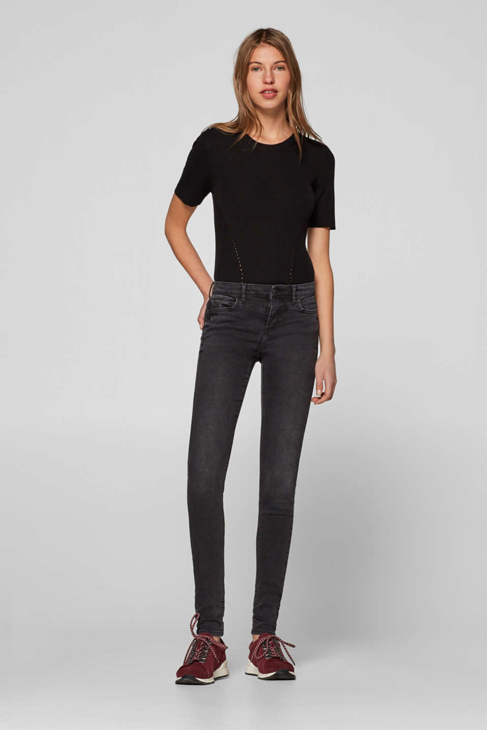 Esprit - Stretch jeans with figure-enhancing waist seams