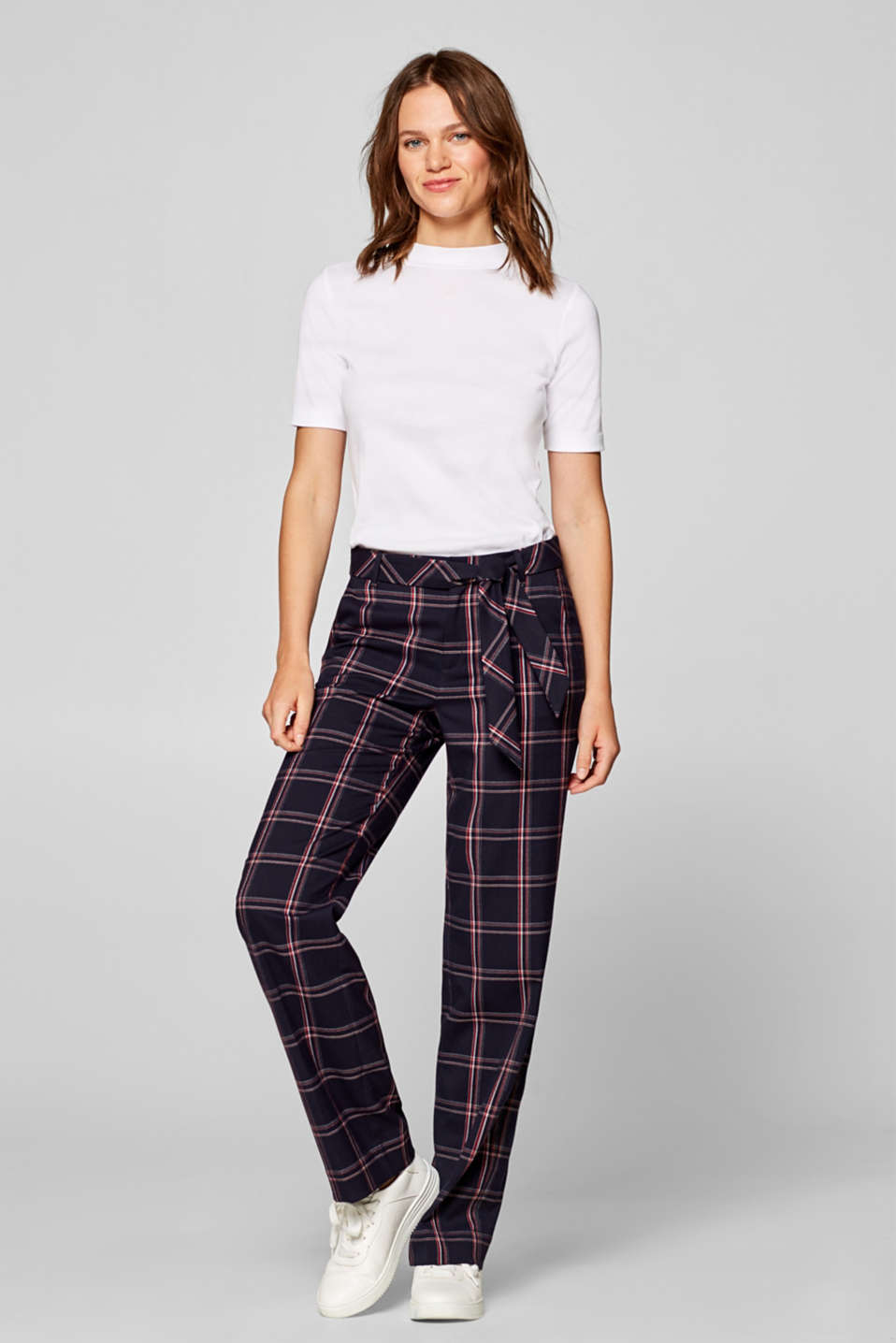 Esprit - Check trousers with a wide leg and belt