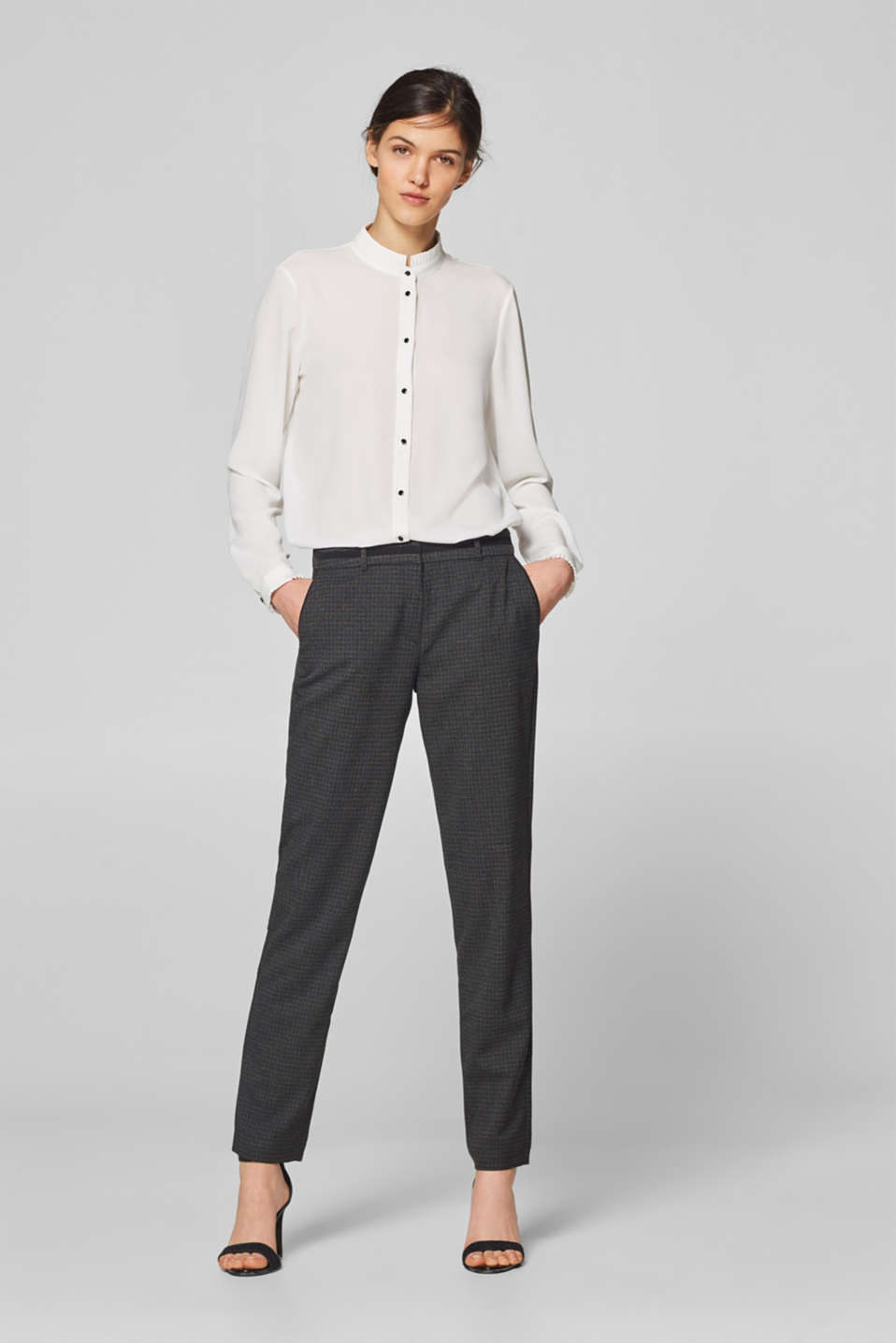 Esprit - Stretch trousers with woven checks and embellished waistband