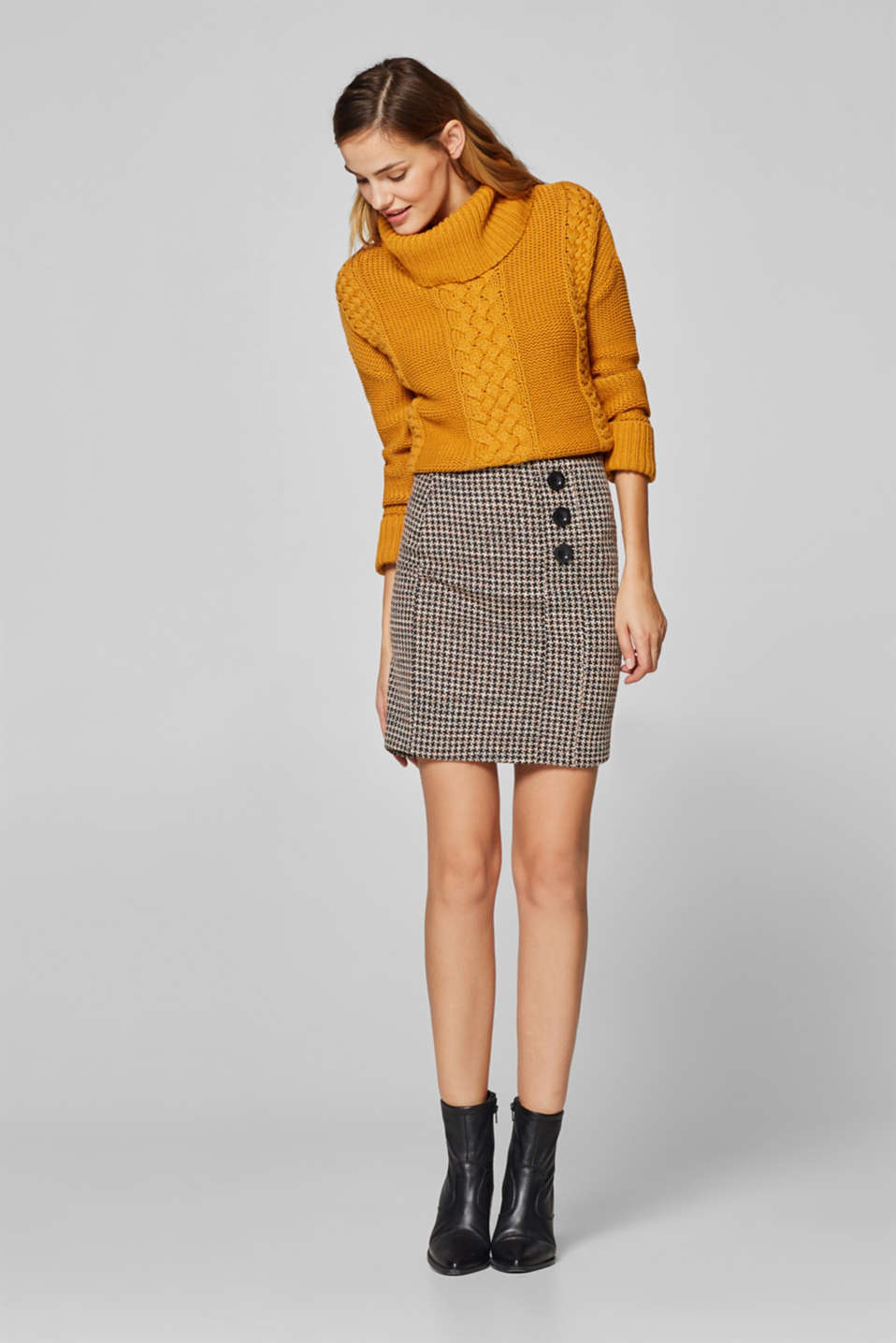 Esprit - Jersey skirt with a herringbone pattern