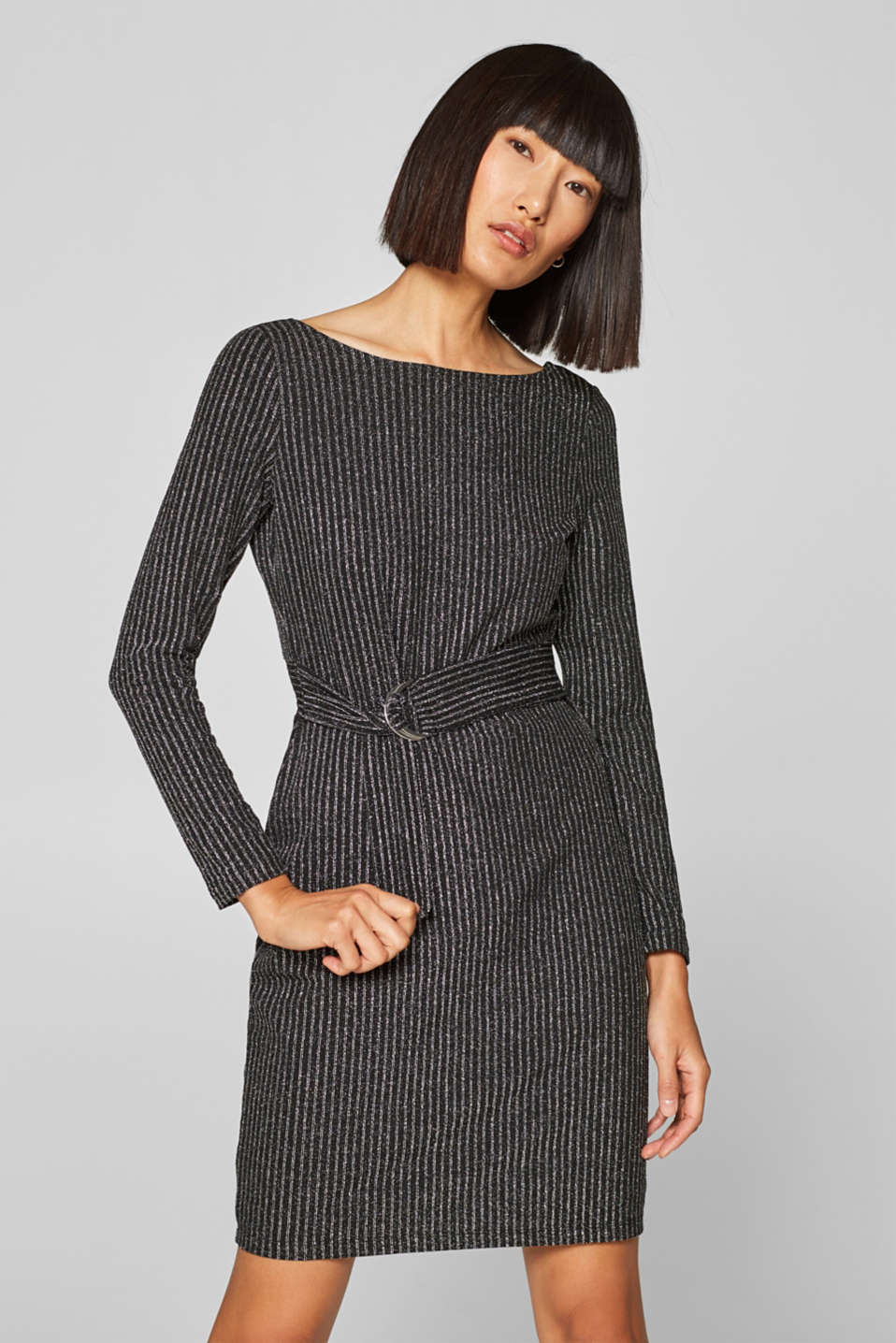Esprit - Glittering jersey dress with a fixed belt