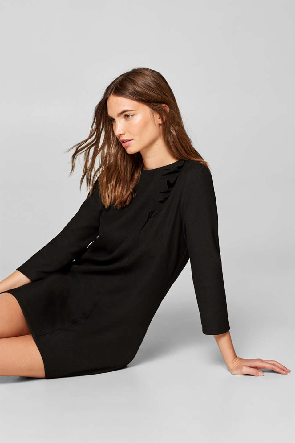 Esprit - Ribbed jersey dress with flounce