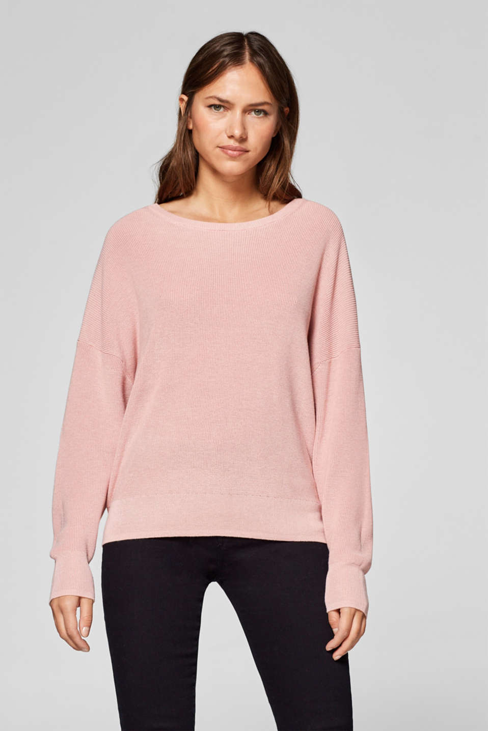 Esprit - Jumper with batwing sleeves and a bow at the back