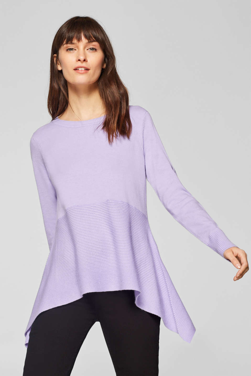 Esprit - Soft jumper with flared hem