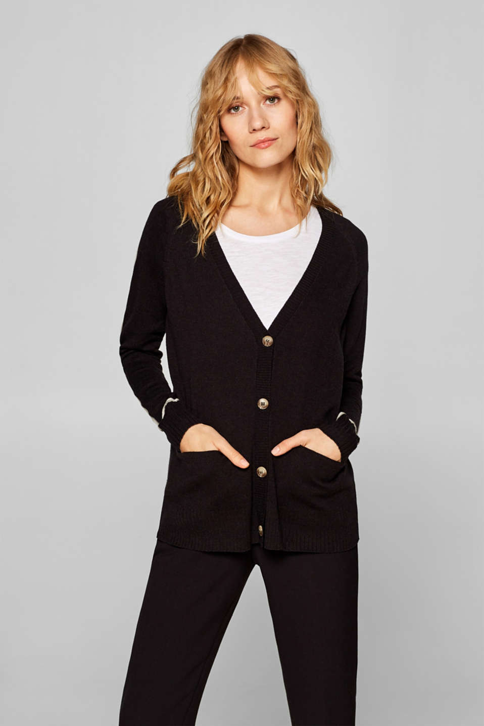 Esprit - With wool: casual V-neck cardigan