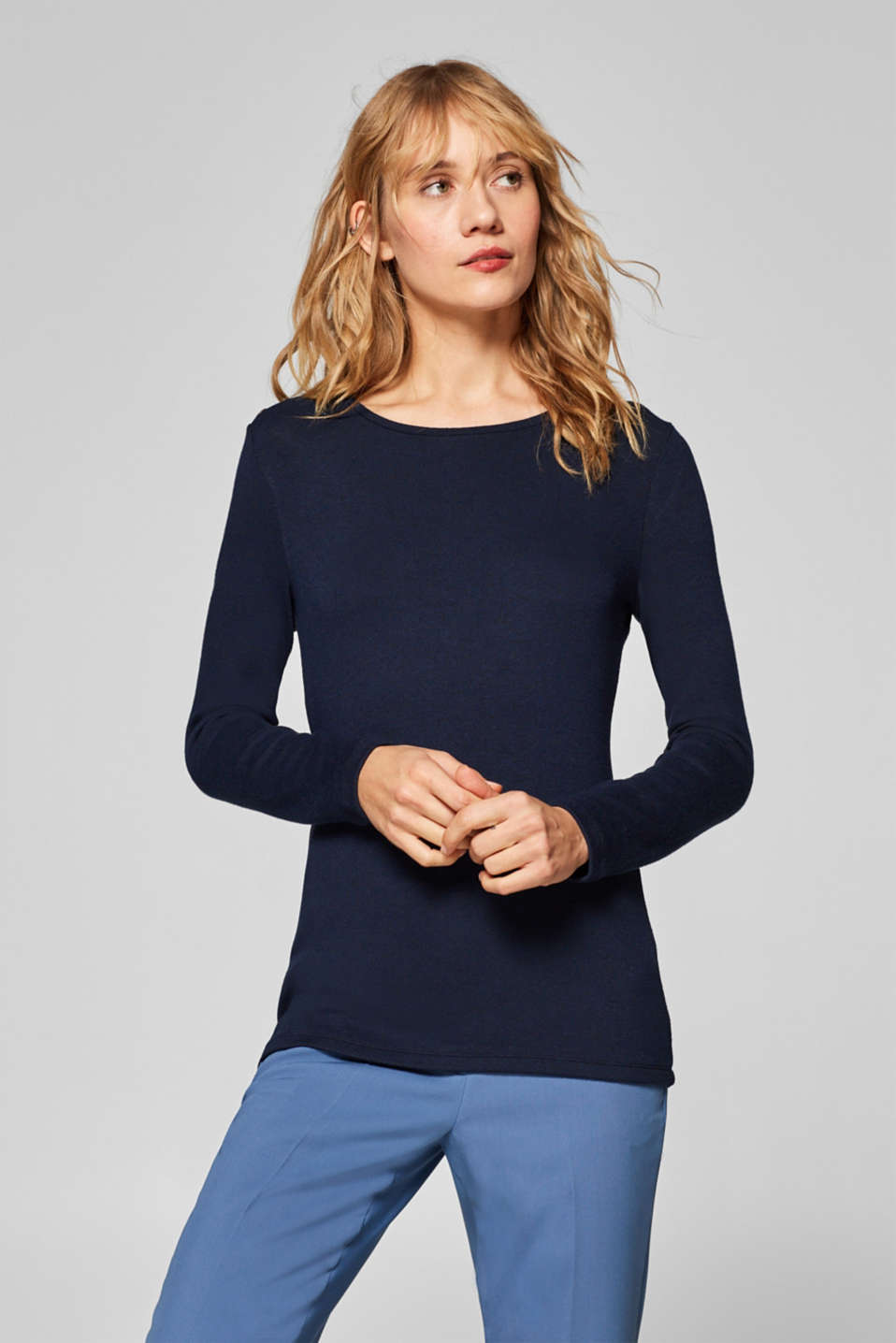 Esprit - Long sleeve top with shoulder buttons