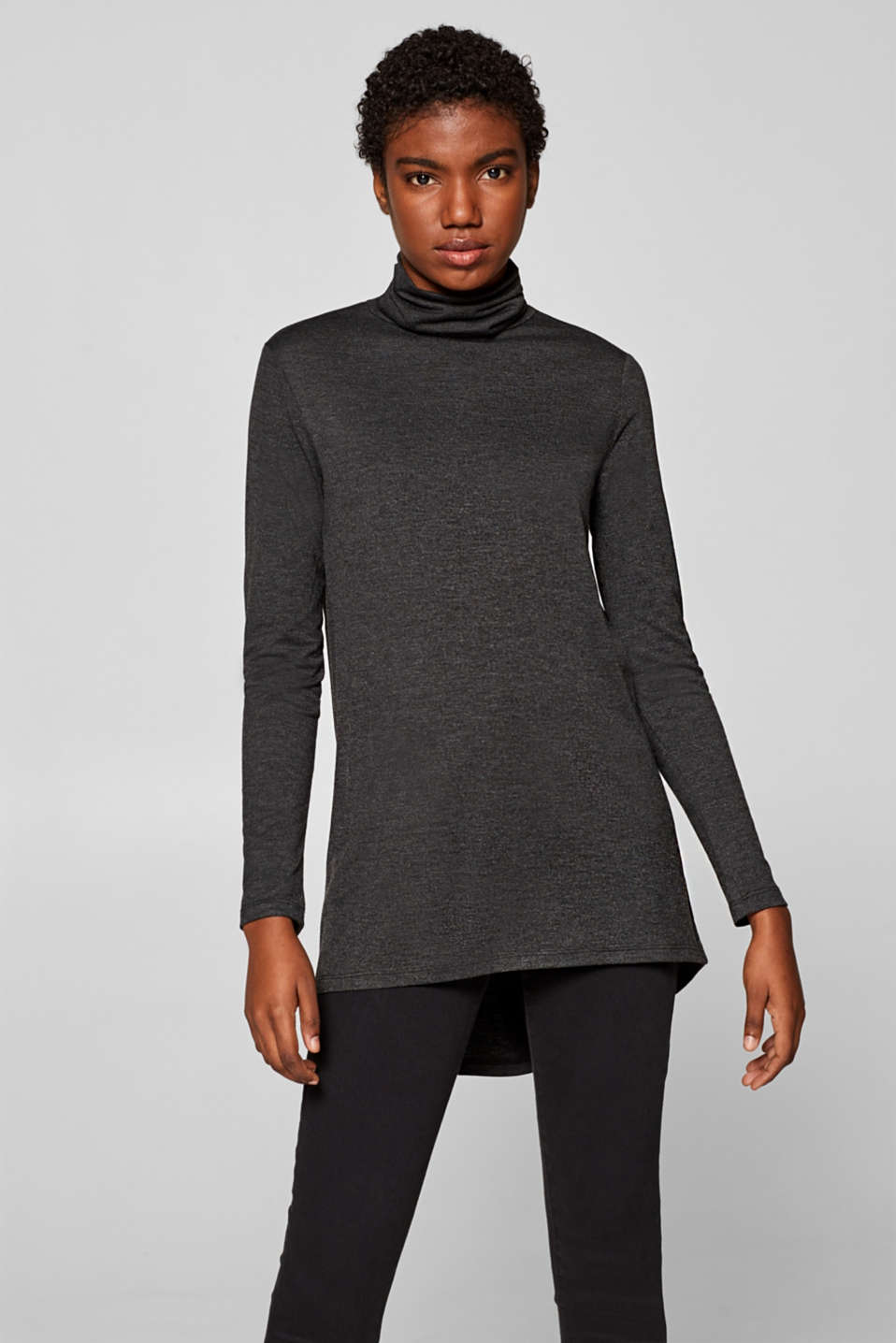 Esprit - Long sleeve polo neck T-shirt with a high-low hem and added stretch