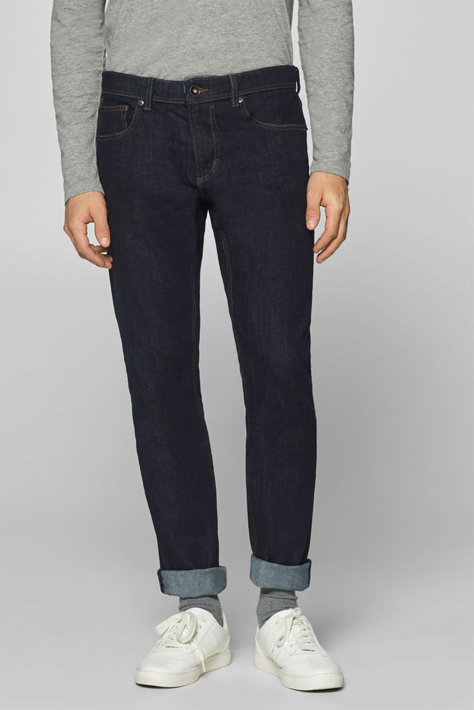 Esprit - Two-way stretch jeans in a rinse wash
