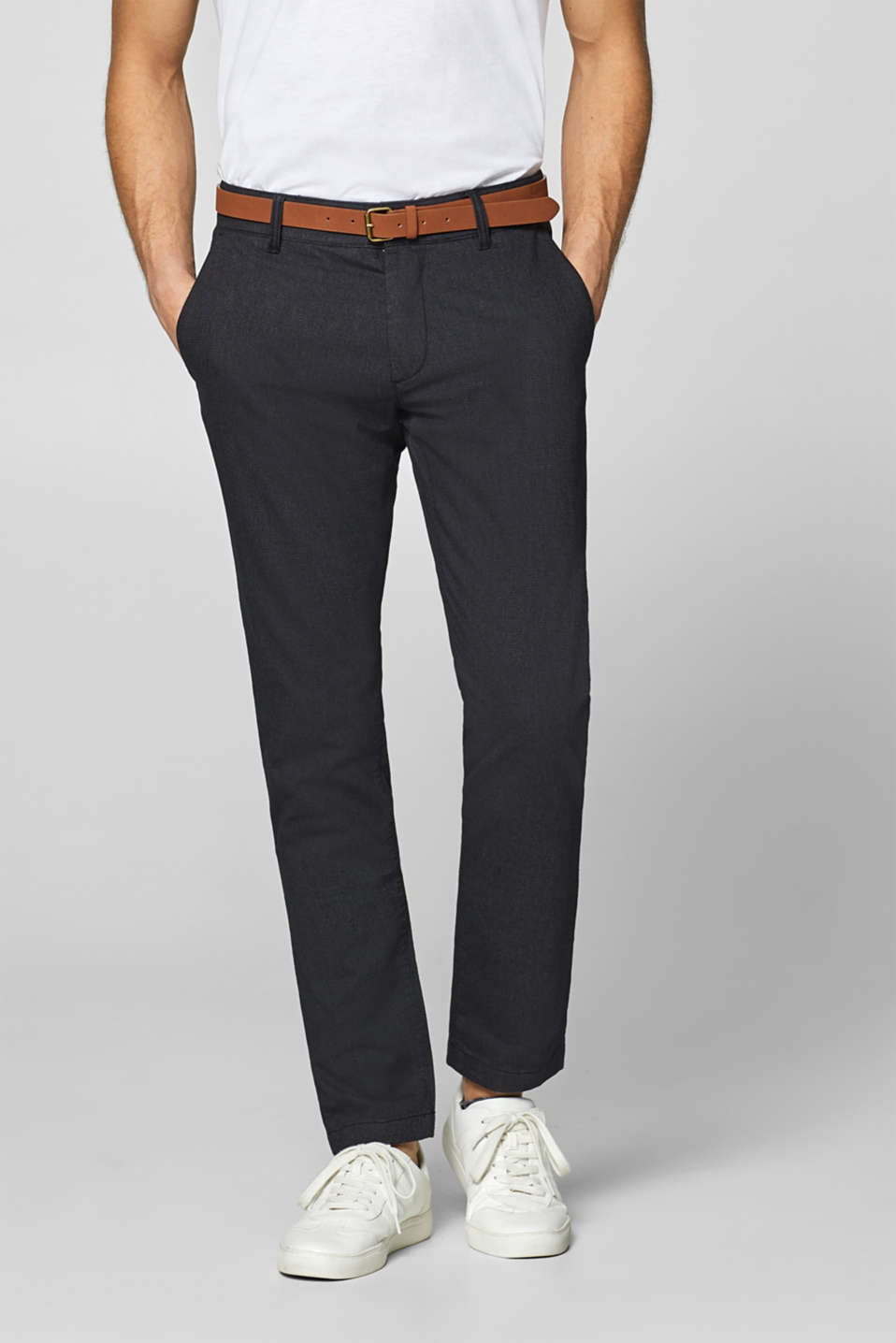 Esprit - Stretch trousers with a fine texture