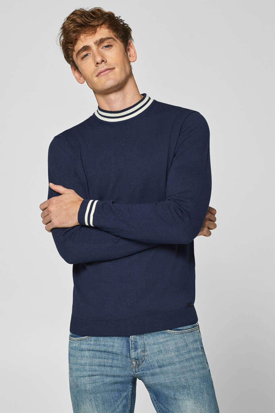 Esprit - With cashmere: jumper with sporty stripes
