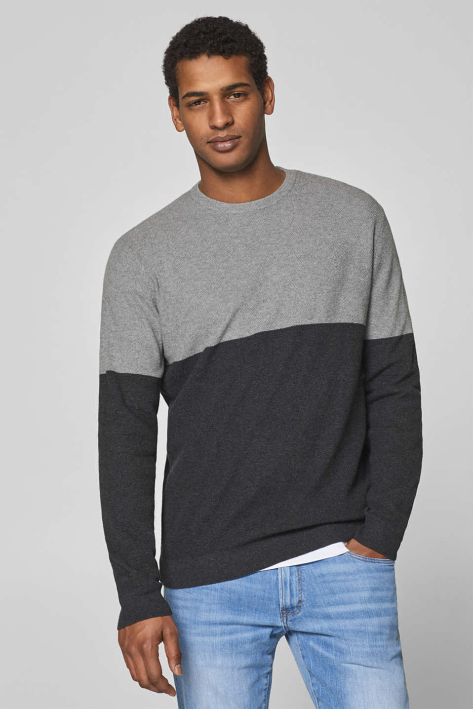 Esprit - With cashmere: jumper with a waffle pattern