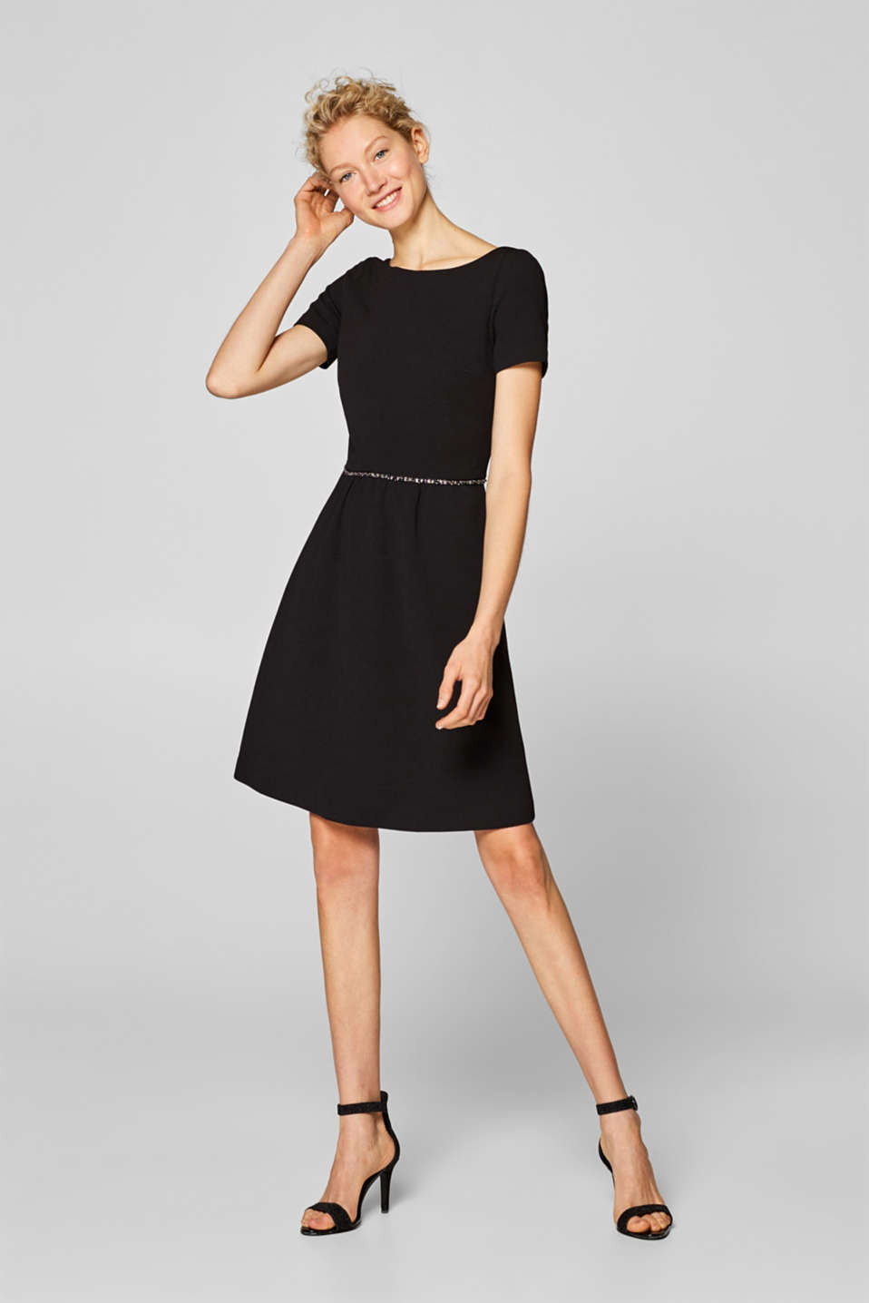 Esprit - Crêpe dress in thick stretch jersey with a rhinestone