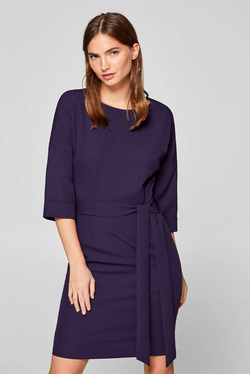 Esprit - Modern sheath dress with batwing sleeves