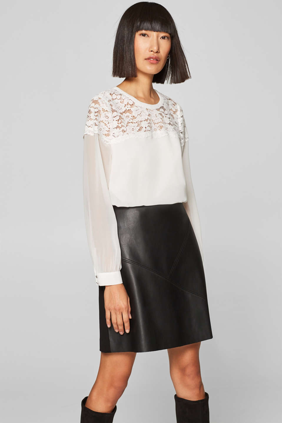 Esprit - Chiffon blouse with lace