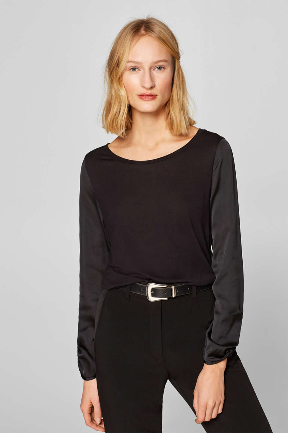 Esprit - Mixed material long sleeve top with satin sleeves
