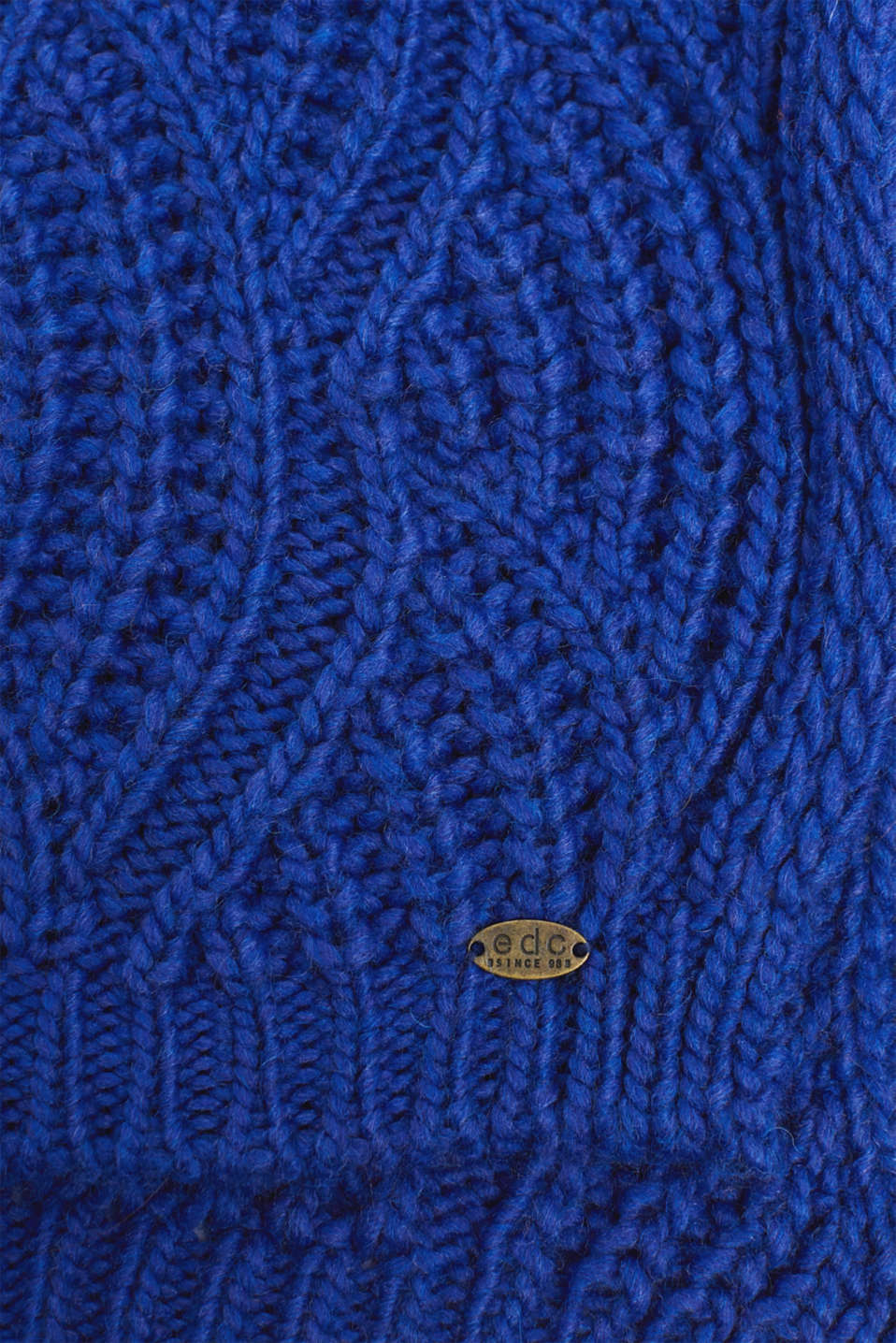 With wool and alpaca: Textured scarf, BRIGHT BLUE, detail image number 2